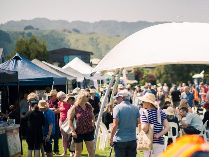 Bad weather, music festival shakes Kāpiti Food Fair turnout