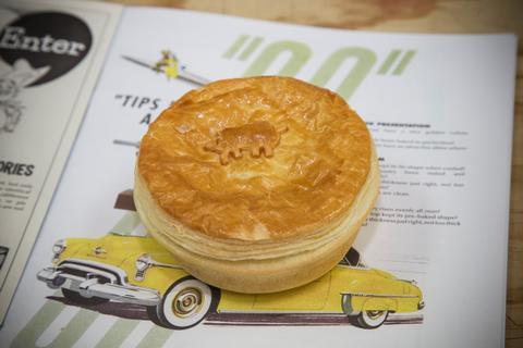 Bakels pie awards back on