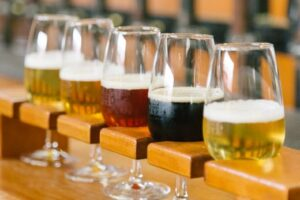 Brewers urge govt, consumers to support hospo