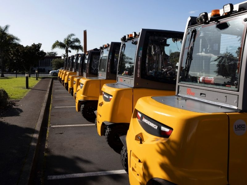 New e-forklifts to cut emissions – DB Breweries